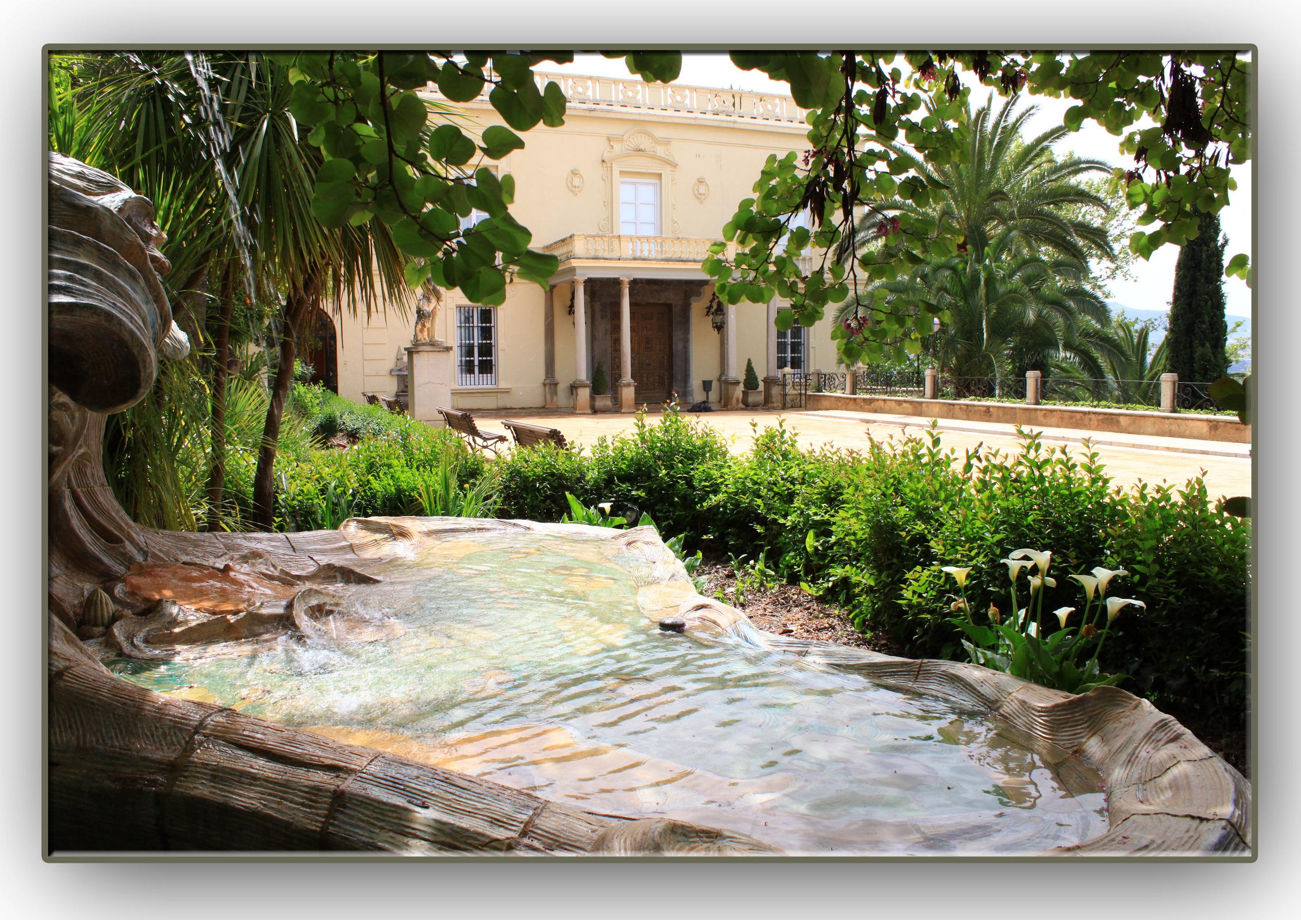 El carmen de los m rtires jard n paradis aco junto a la - Residencia los jardines granada ...