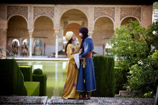 La reina isabel vuelve a conquistar la alhambra cicerone for Calle jardin de la reina granada