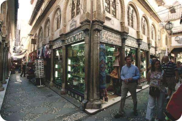 Un guía solo para ti en Granada