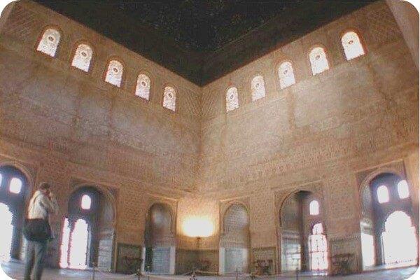 Un guía solo para ti en la Alhambra