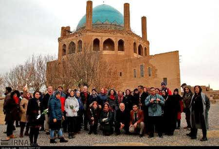 Cicerone con guías turísticos en Irán
