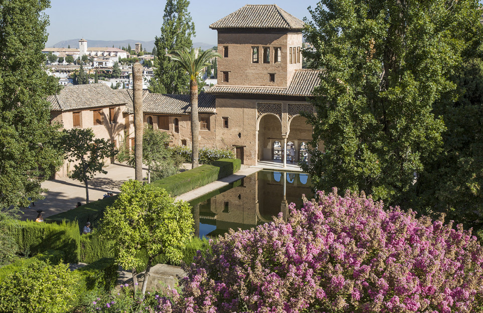Private tour of the Alhambra and Generalife gardens