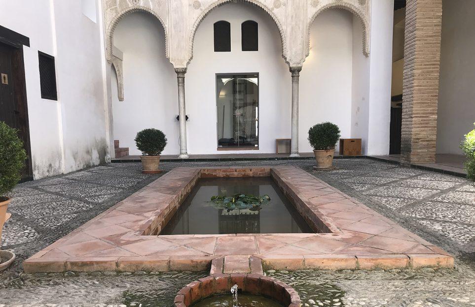 Full day tour in Granada. Private Tour, Alhambra and Dobla de Oro