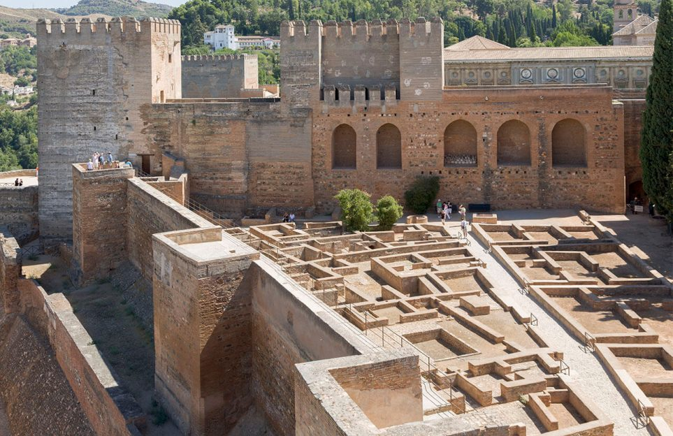 Alhambra Granada tours | Private or very small groups visits
