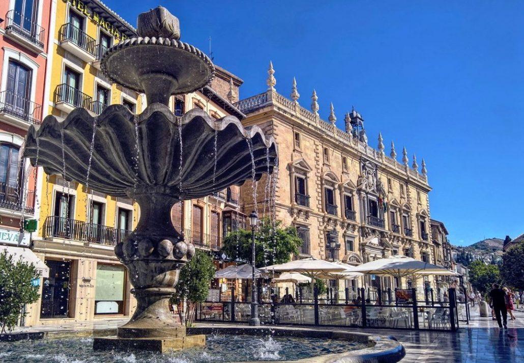 plaza nueva fountain