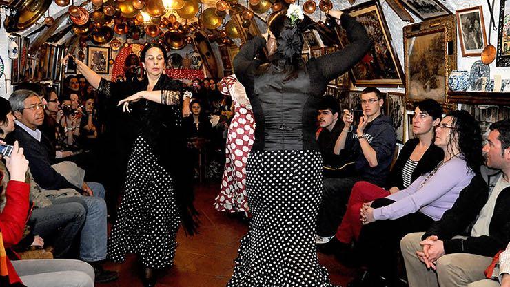 espectáculo flamenco en una cueva del sacromonte