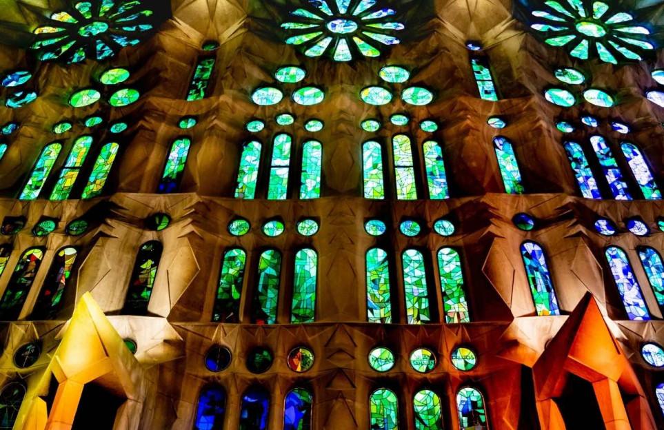 "Visita guiada online ""La Sagrada Familia a fondo"""