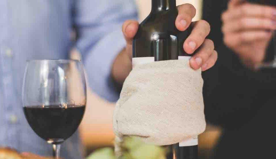 cata de vino en pareja