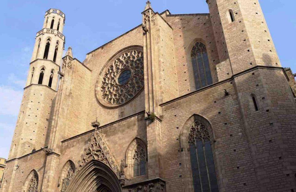 Tour por el Barrio Gótico de Barcelona en vivo