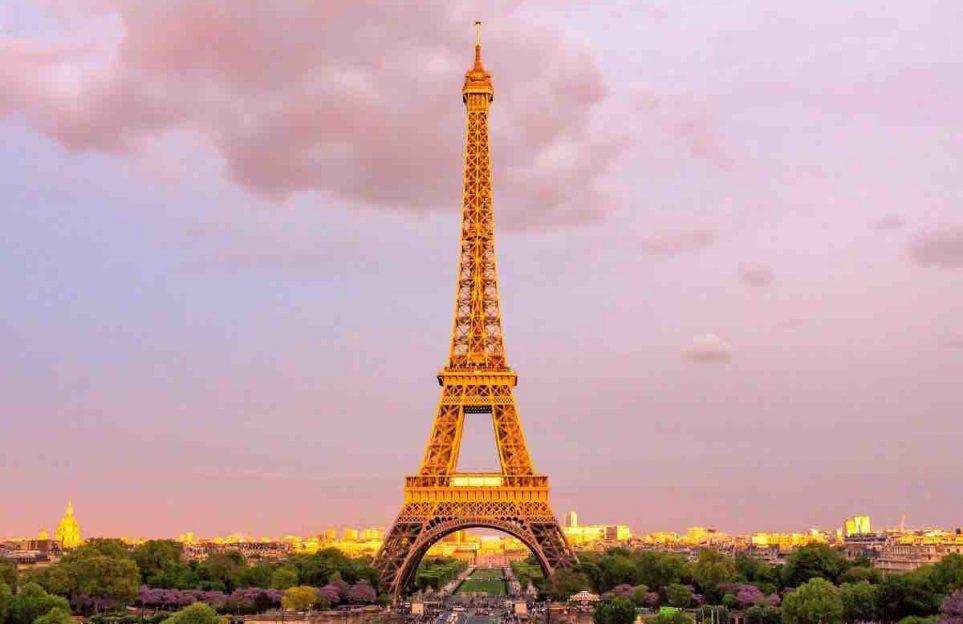 Las damas de hierro: La Torre Eiffel y La Estatua de La Libertad