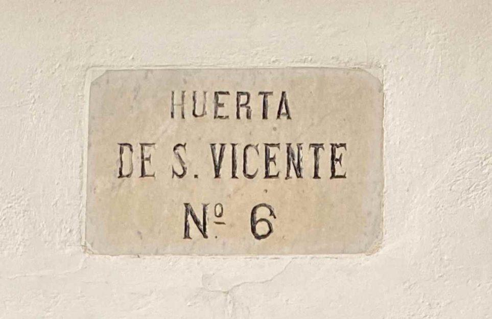 El camino hacia la Huerta de San Vicente. Tour privado