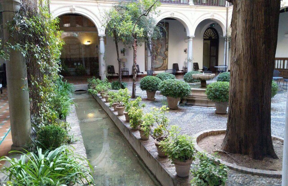 El sistema hidráulico: la conquista del agua en la Alhambra.